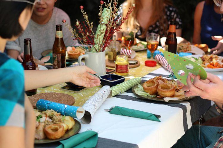 Come organizzare cena tra amiche