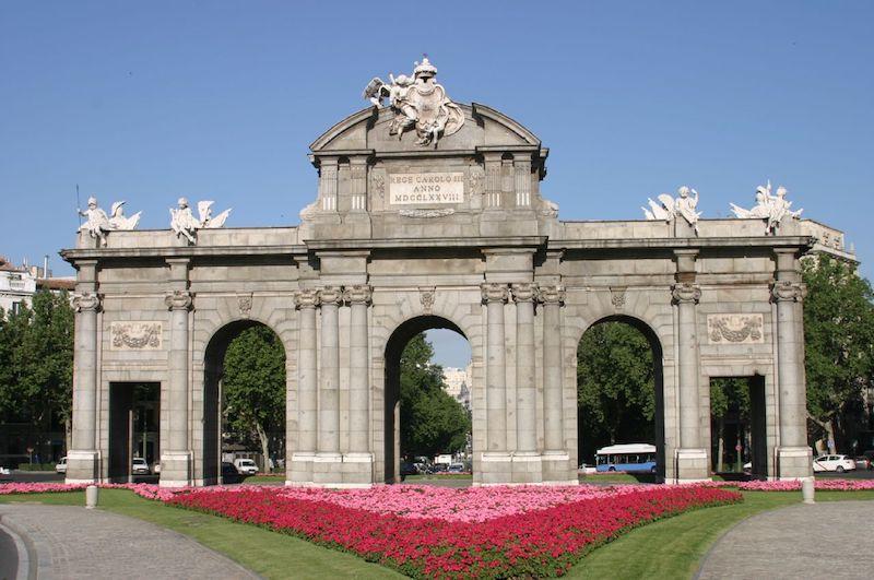 Cosa vedere a Madrid Puerta Alcalá