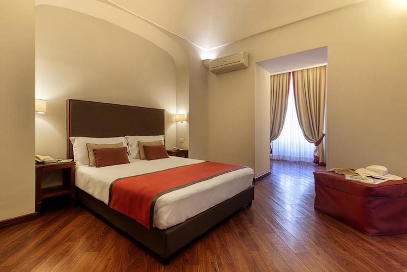 Decumani Hotel Charme
